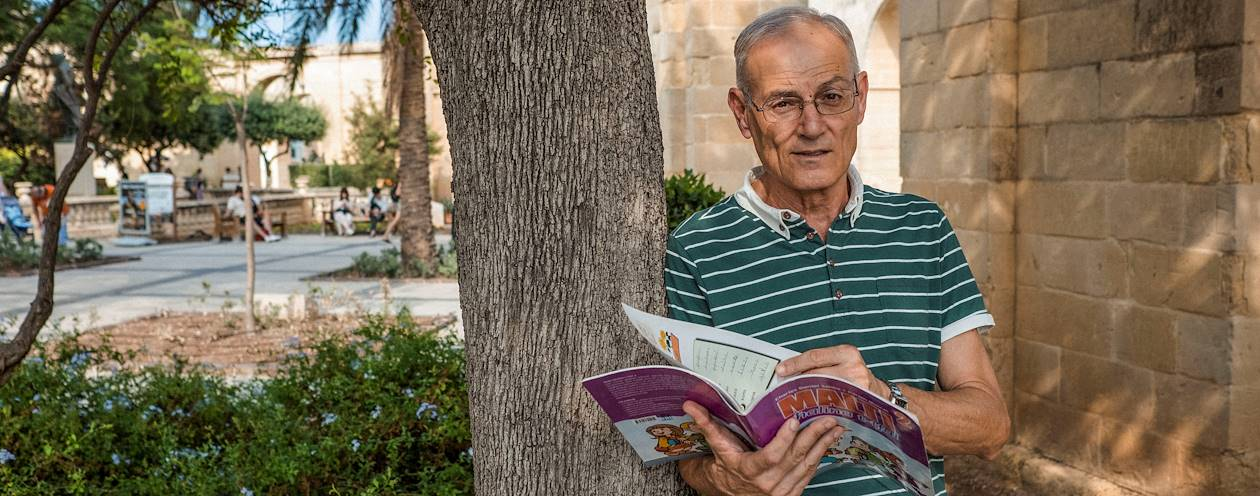 """Initiation à la langue maltaise dans les jardins """"Upper Barraka Gardens"""" - La Valette - Malte"""