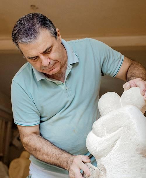 Rencontre avec Joe Xuereb, artiste de sculptures néolithiques - Ghajnsielem - Île de Gozo - Malte