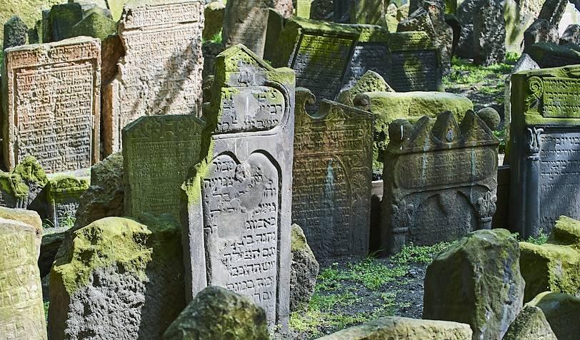 Sépultures du vieux cimetière juif - Prague - République Tchèque