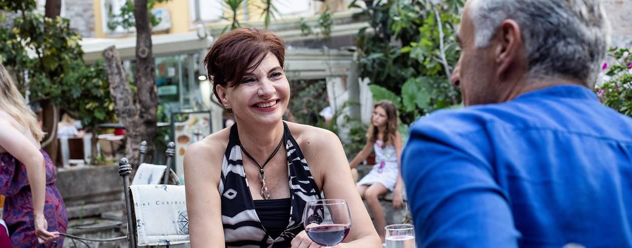 Rencontre avec Ivona, notre Welcome Host à Budva - Monténégro