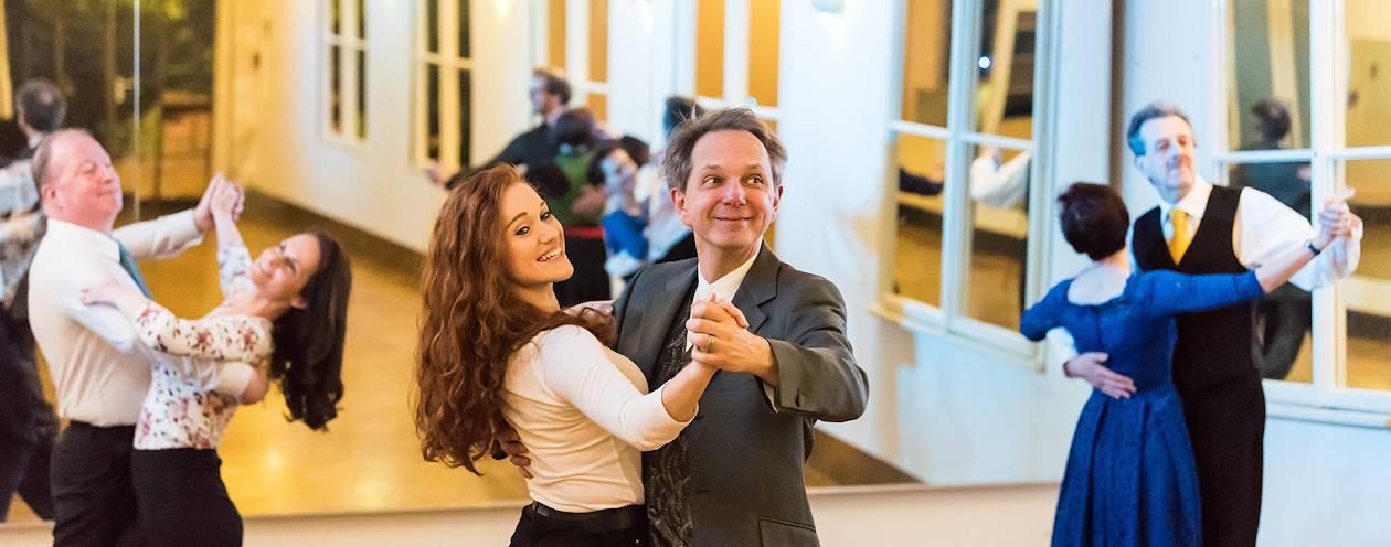 Cours de valse viennoise à l'Ecole Watzek - Vienne - Autriche
