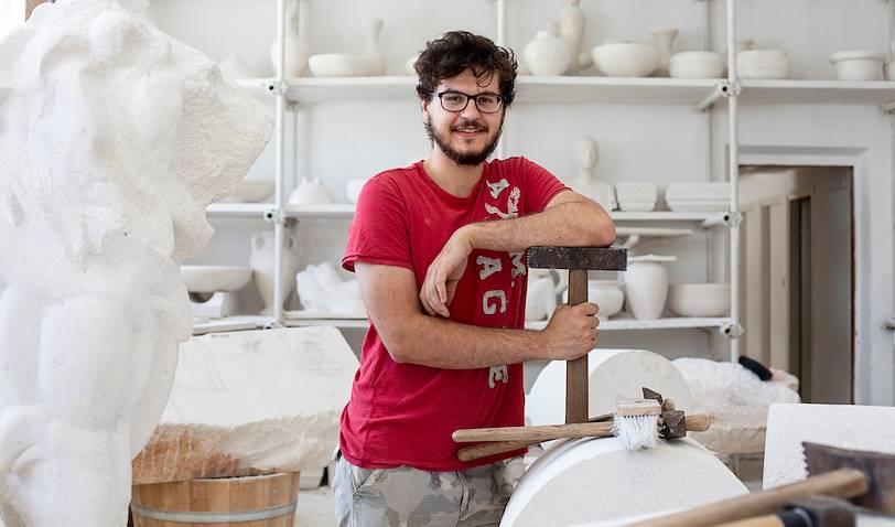 Apprenti de l'école de tailleurs de pierre - Brac - Pucisca - Croatie