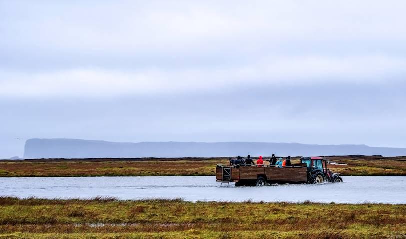 Ingolfshöfdi, en tracteur - Skaftafell - Islande