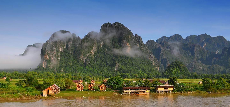 Rivière Nam song à Vang Vieng - Laos