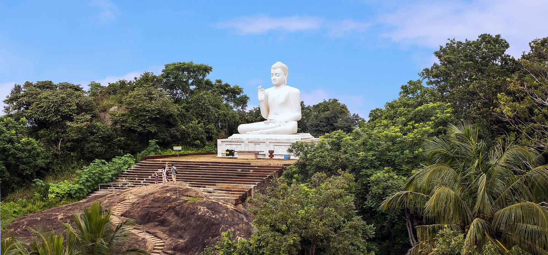 Statue de Bouddha à Mihintale - Région Centre-Nord - Sri Lanka