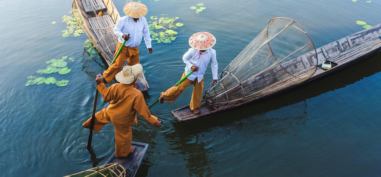 Pêcheurs sur le lac Inle - Birmanie
