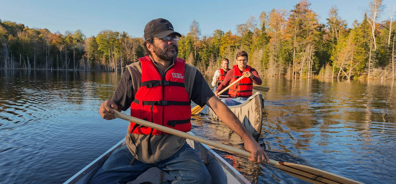 Balade en canoë amérindien - Rawdon - Québec - Canada