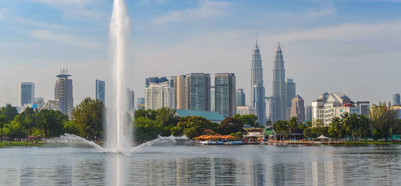 Vue sur Kuala Lumpur depuis le parc de Titiwangsa - Malaisie
