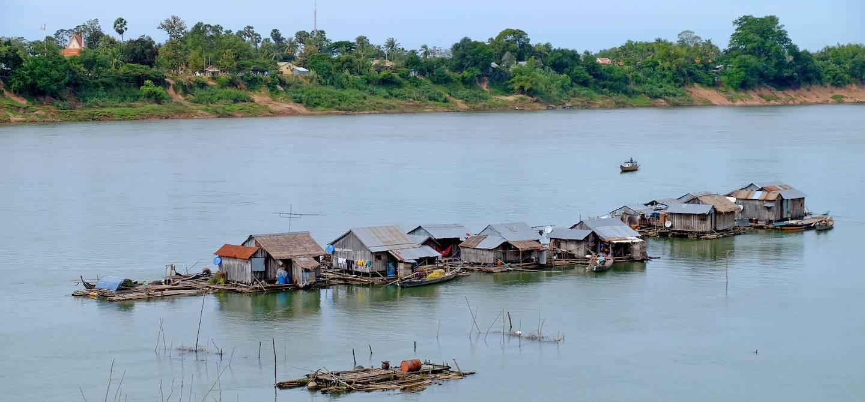 Maisons sur pilotis à Koh Trong - Kratie - Cambodge