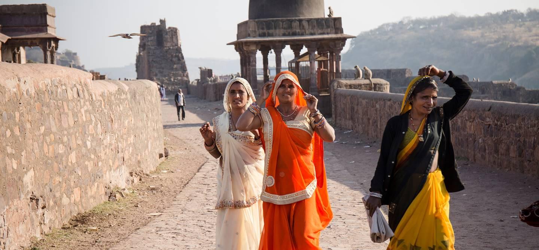Indiennes dans le Fort de Ranthambore - Rajasthan - Inde