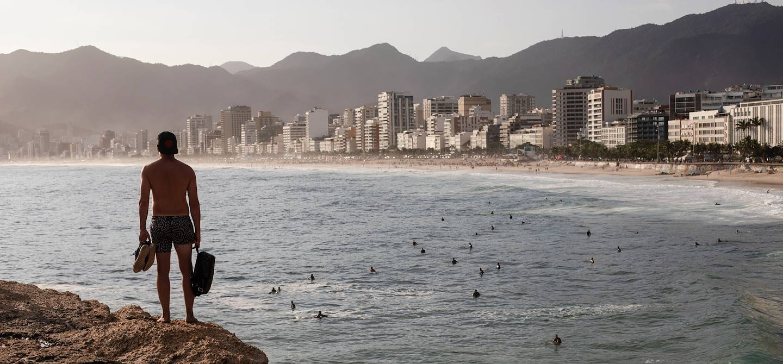 Coucher de soleil sur la plage Ipanema - Rio de Janeiro - Brésil