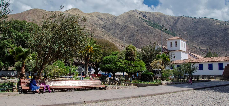 Place d'armes du village d'Andahuaylillas