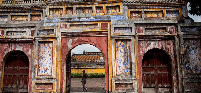 Visite de la Citadelle fortifiée de Hué : découverte du palais Dien Tho - Hué - Vietnam