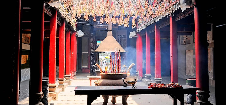 Temple dans le quartier chinois de Cho Lon - Ho Chi Minh Ville - Vietnam