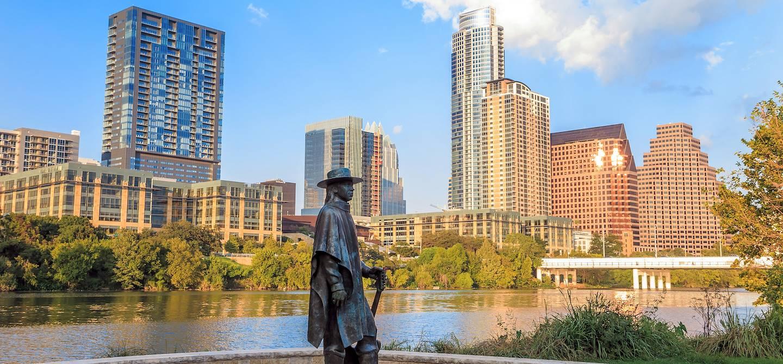 La statue de Stevie Ray Vaughan dans le centre d'Austin - Texas - Etats-Unis