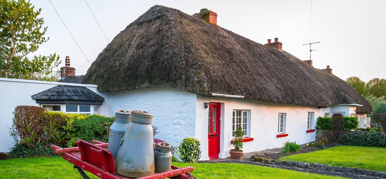 Maison traditionnelle dans le village d'Adare - Irlande