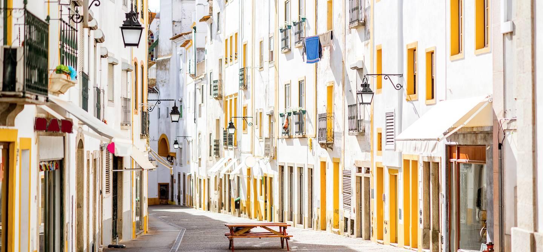 Ruelles de la vieille ville - Evora - Alentejo - Portugal