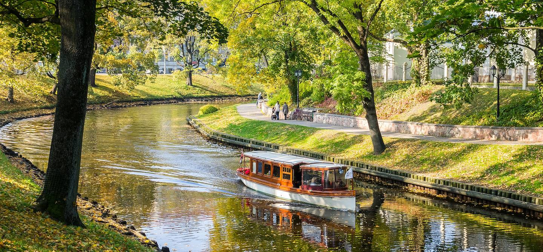 Canal Pilsetas - Riga - Lettonie