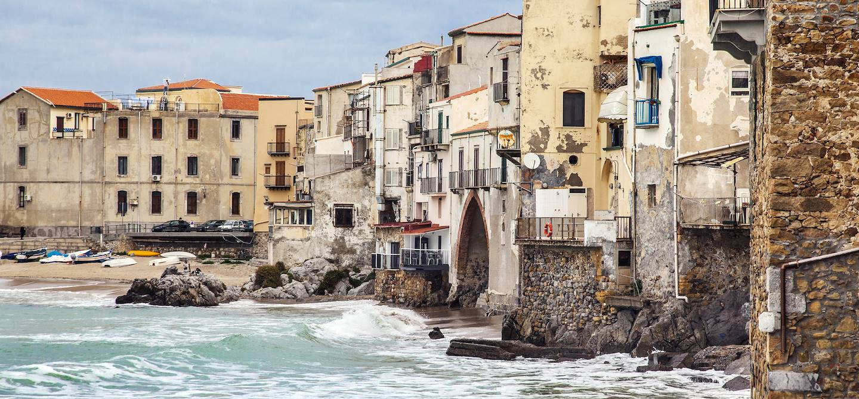 Vieille ville de Cefalù - Sicile - Italie
