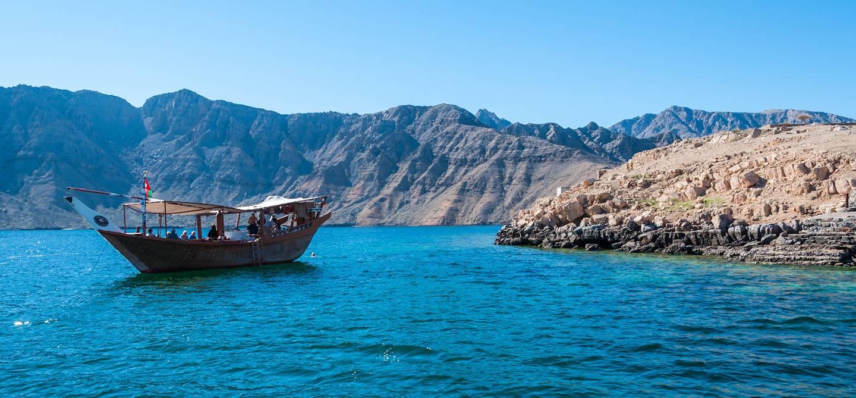 Dhow dans la péninsule de Musandam - Oman