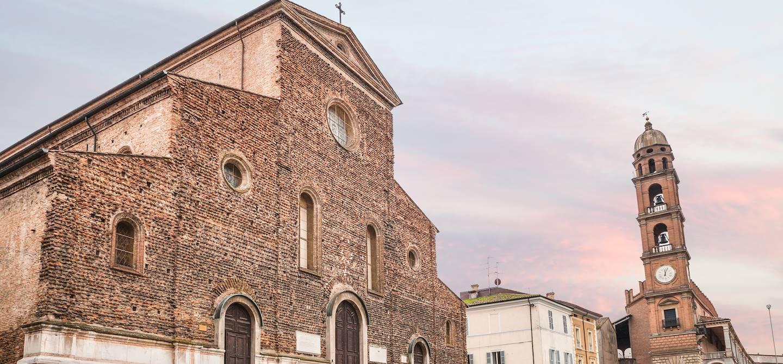 Basilique catholique Santa Maria dei Servi à Faenza - Italie