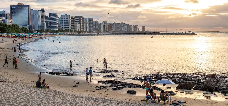 Lever de soleil sur l'avenue Beira Mar - Fortaleza - Bresil