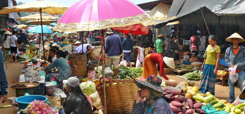 Marché à Pakse - Province de Champassak - Laos