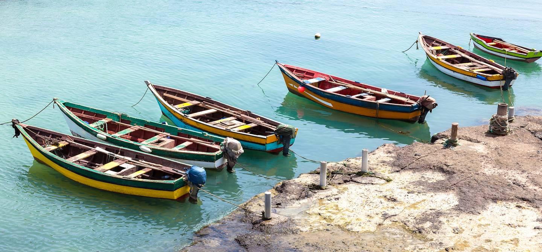 Bateaux de pêche sur l'Ïle de Sal - Cap-Vert