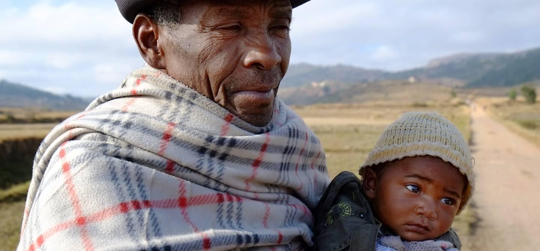 Sur la route d'Ambositra - Madagascar