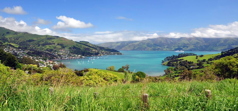 Village d'Akaroa dans la péninsule de Banks - île du Sud - Nouvelle Zélande
