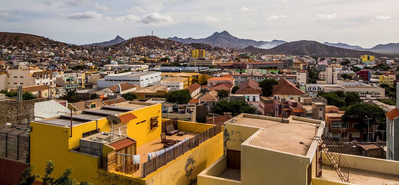 Vue d'ensemble sur la ville depuis la terrasse d'un bar - Mindelo - Île de Sao Vicente - Cap Vert