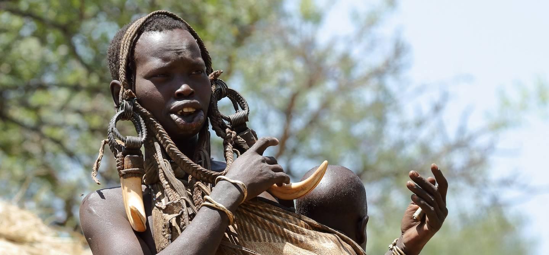 Femme du peuple Mursi - Vallée de l'Omo - Ethiopie