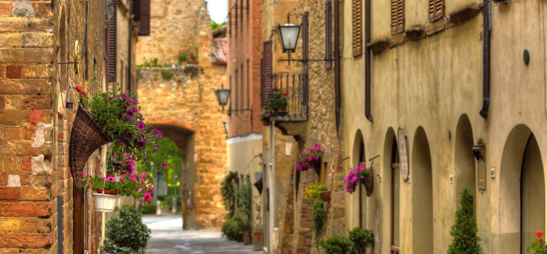 Dans les rues de Pienza - Toscane - Italie