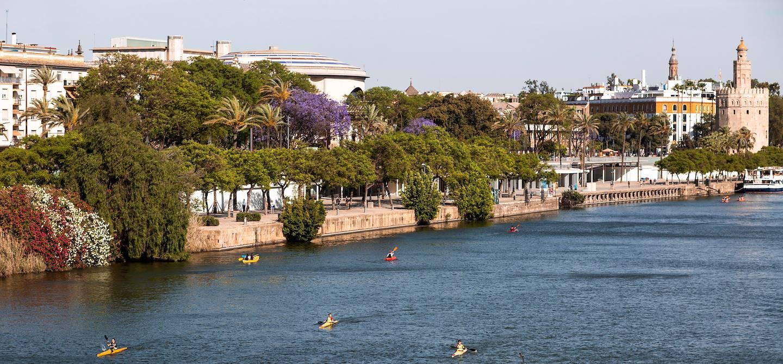 Kayak sur le fleuve Guadalquivir - Séville - Andalousie - Espagne