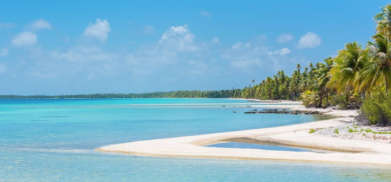 Sable rose et lagon - Tikehau - Iles Tuamotu - Polynésie Française