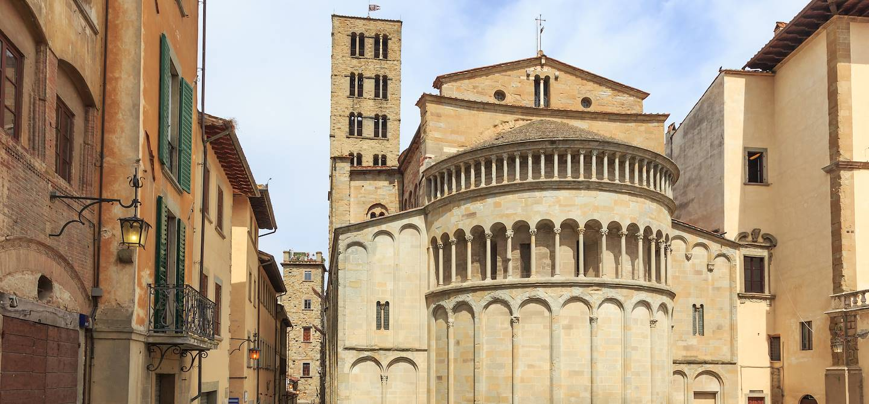 Eglise Pieve di Santa Maria - Piazza Grande - Arezzo - Toscane - Italie
