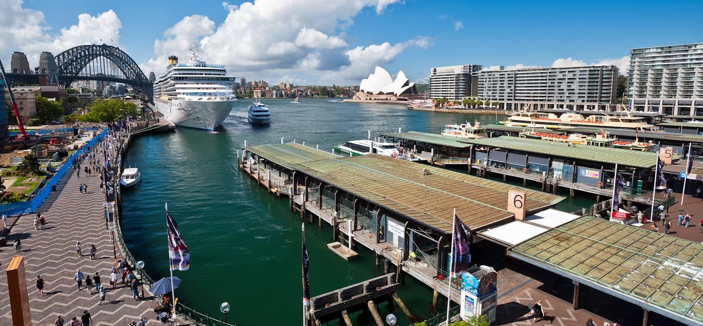 Quai circulaire sur le port de Harbourg - Australie