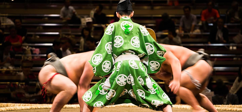 Combat de sumo à Ryogoku Kokugikan - Tokyo - Japon