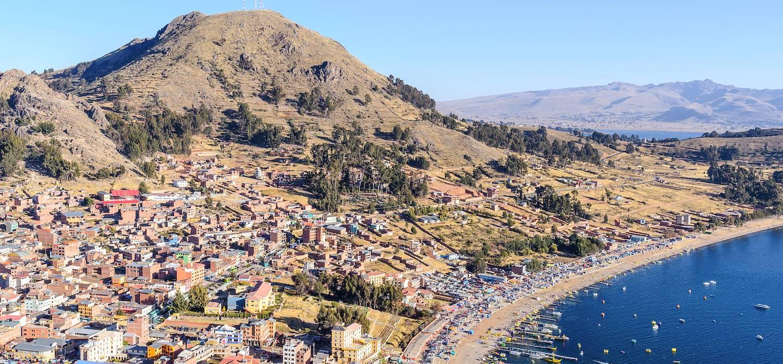 Point de vue sur la ville depuis El Calvario - Copacabana - Bolivie
