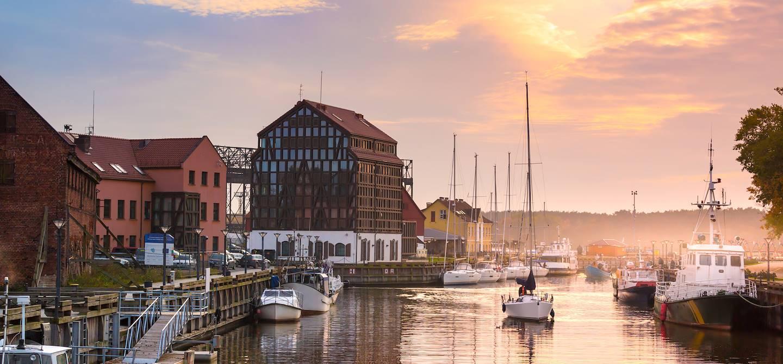 Lever de soleil sur le port - Klaipeda - Lituanie