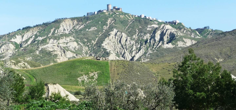 Paysage de calanchi ou badlands dans la région Basilicate - Italie