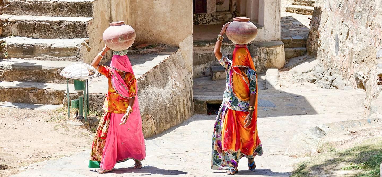 Porteuses d'eau - Barli - Rajasthan - Inde