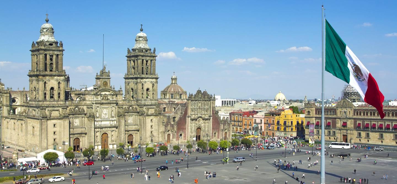 La cathédrale et la place du Zocalo - Mexoco - Mexique