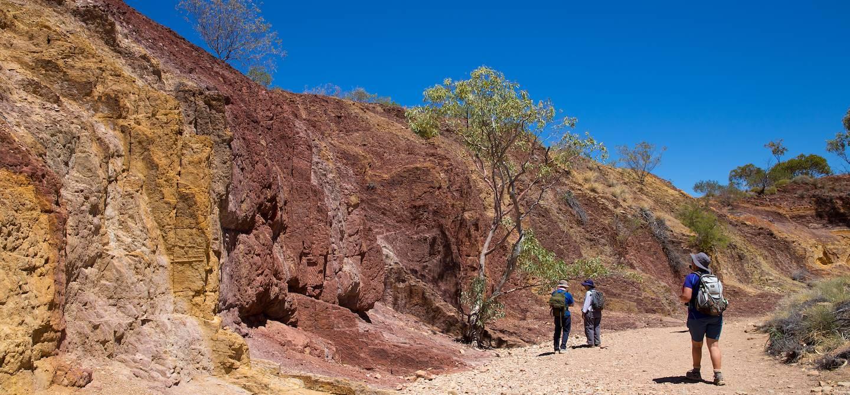 Ochre Pits - Larapinta Trail - Australie