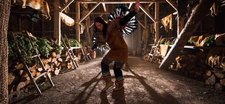 Danse traditionelle huronne - Wendake - Québec - Canada