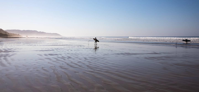 Surf sur la plage de Santa Teresa - province de Puntarenas - Costa-Rica