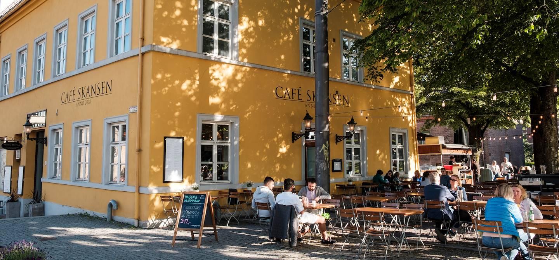 Terrasses et restaurants dans le quartier de Kvadraturen - Oslo - Norvège