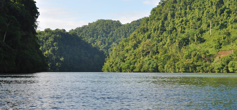 Canon del Rio - Rio Dulce - Izabal - Guatemala