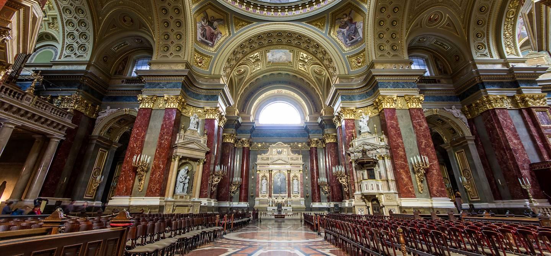 Intérieur de la basilique Saint-Etienne -  Budapest - Hongrie - Europe