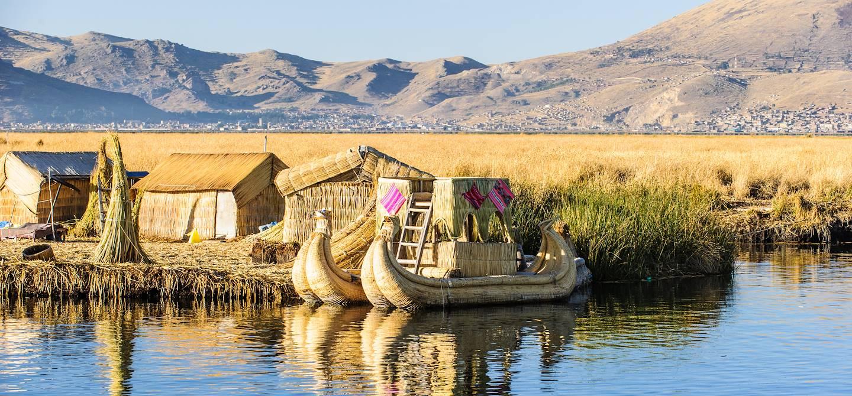 Iles Uros - Lac Titicaca - Pérou